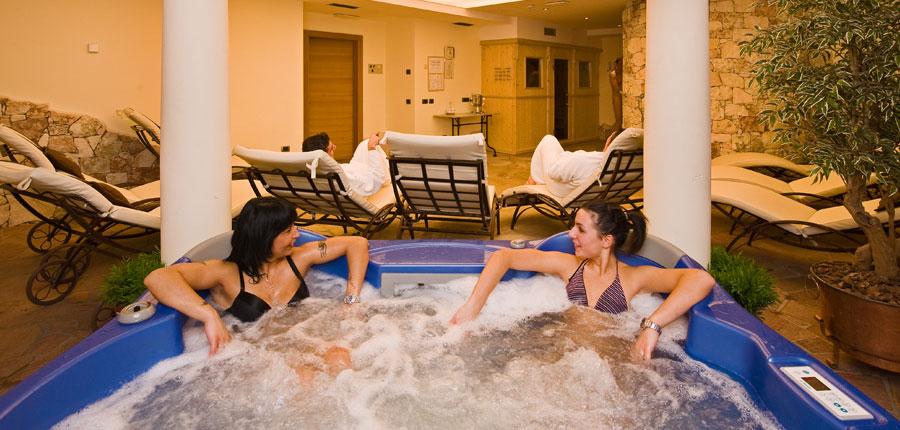 italy_livigno_hotel-touring_whirlpool.jpg